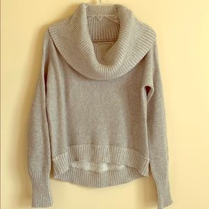 NWOT AEO's High Low Cowl Neck Sweater XS